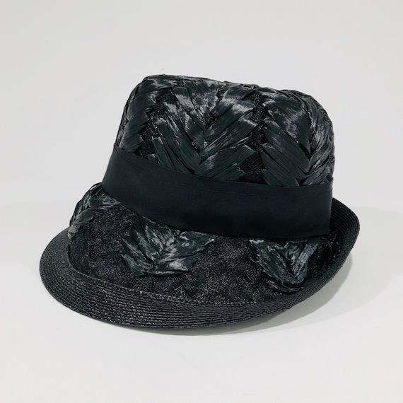 Vintage Schiaparelli Hat, Black Raffia with Grosg… - image 5