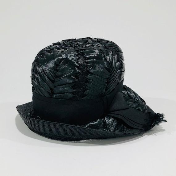 Vintage Schiaparelli Hat, Black Raffia with Grosg… - image 3