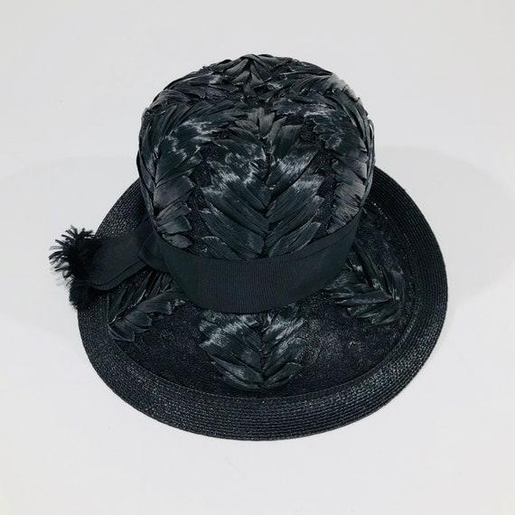 Vintage Schiaparelli Hat, Black Raffia with Grosg… - image 7