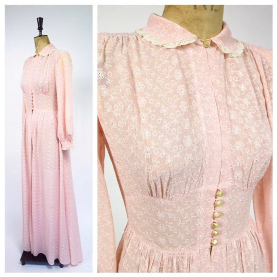 1930-40s Embroidered Lingerie Robe