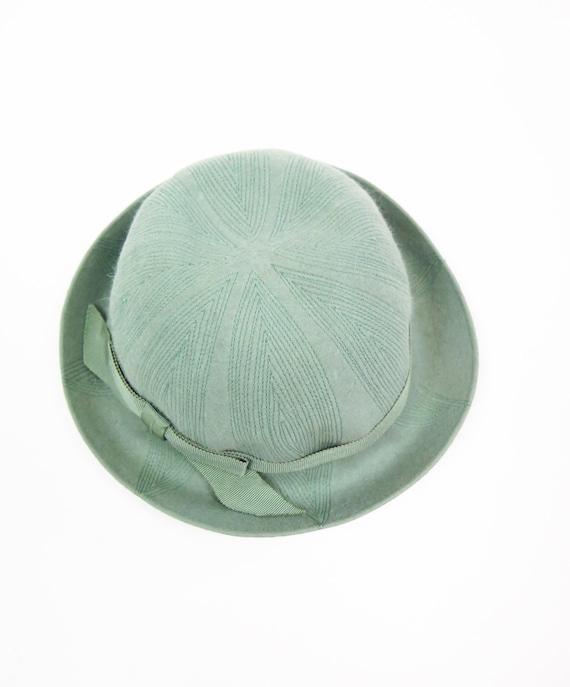 Original Vintage 1940s Dusky Mint Green Felt Hat