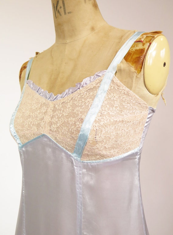 Original Vintage 1940-50s Dusky Blue Nude Lace Sl… - image 6