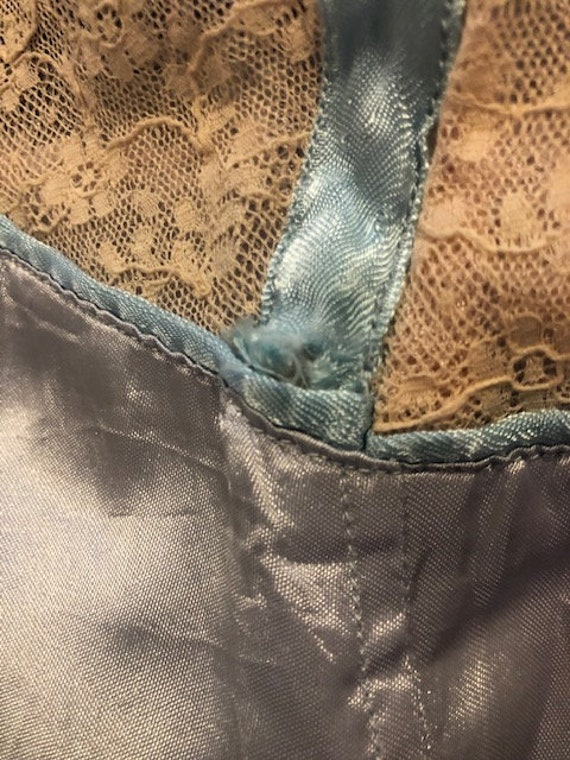 Original Vintage 1940-50s Dusky Blue Nude Lace Sl… - image 7