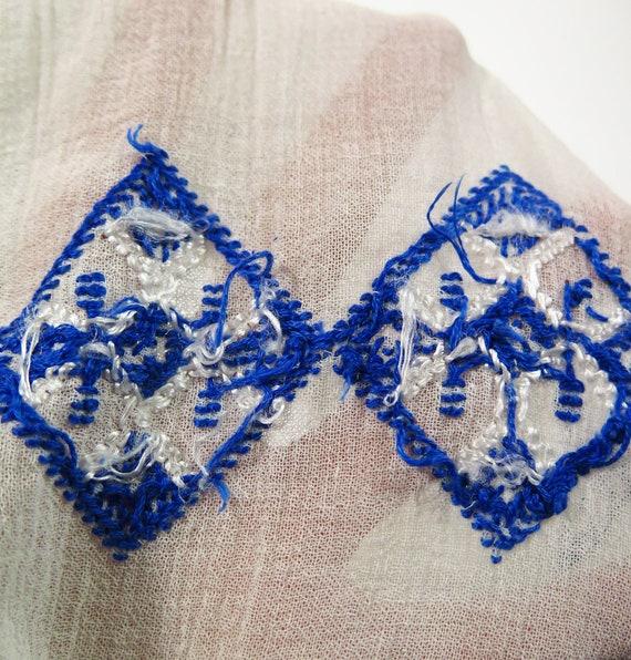 Original Vintage 1940s Hand Embroidered Sheer Hun… - image 7