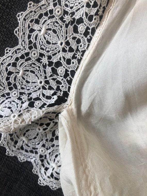 Original Vintage 1920s Deco Cream Silk And Lace D… - image 9