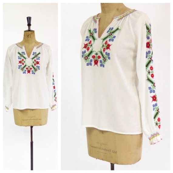Original Vintage 1970s Hungarian White Hand Embroi