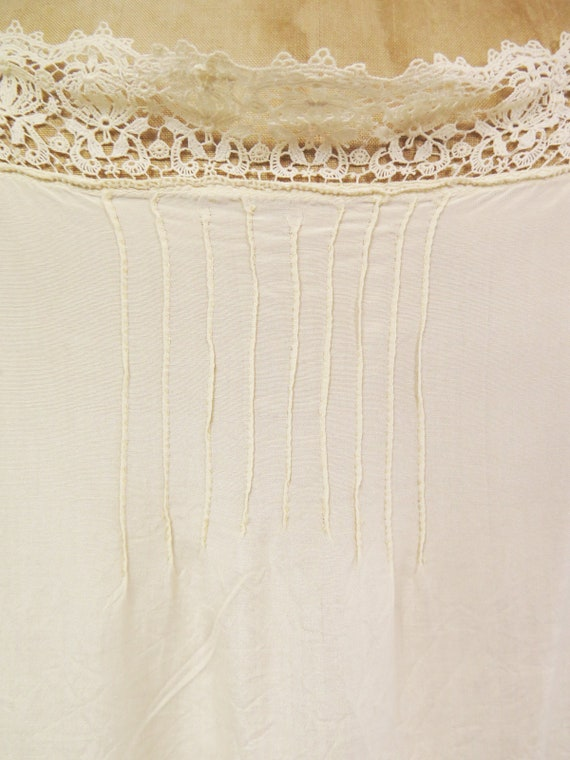 Original Vintage 1920s Deco Cream Silk And Lace D… - image 8