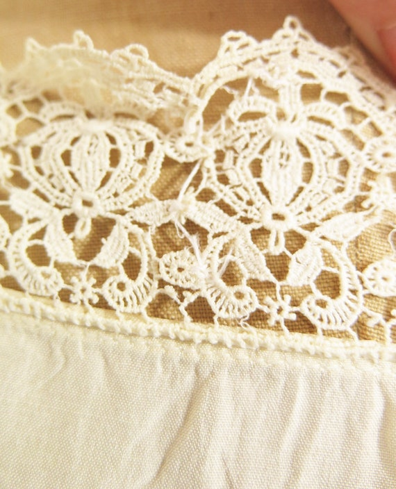 Original Vintage 1920s Deco Cream Silk And Lace D… - image 7