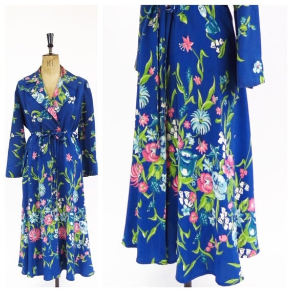 RARE Original Vintage 1940s Blue Floral Printed Wr