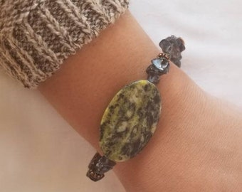 Hiker: Agate Moss Stone Bracelet with Smokey Quartz