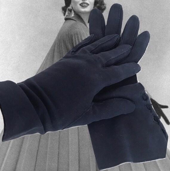 Vintage Cotton Gauntlet Gloves Ladies 50s Claire … - image 2