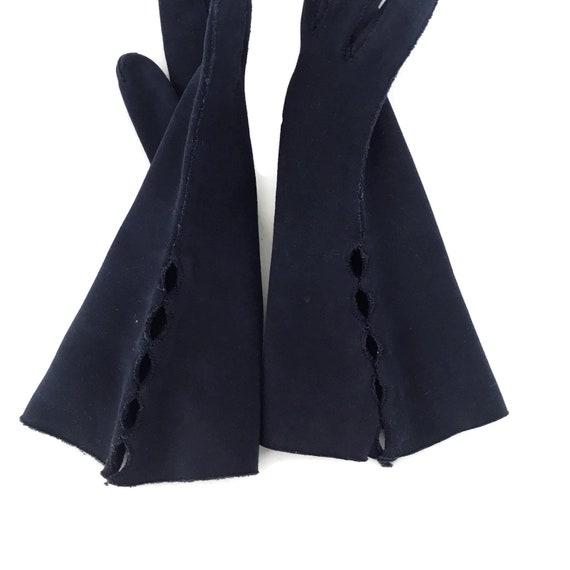 Vintage Cotton Gauntlet Gloves Ladies 50s Claire … - image 8