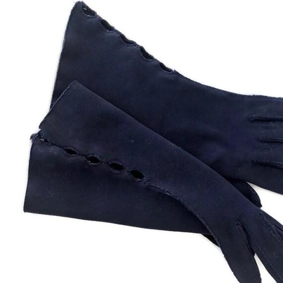 Vintage Cotton Gauntlet Gloves Ladies 50s Claire … - image 3