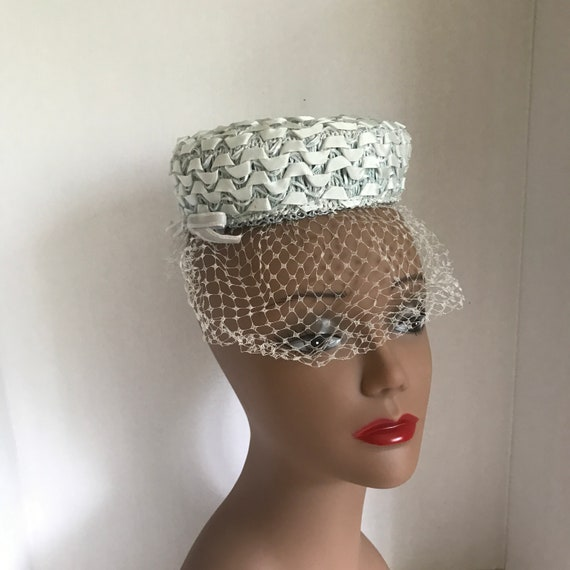 50s Small Blue Pillbox Hat Raffia with Ribbon and… - image 5