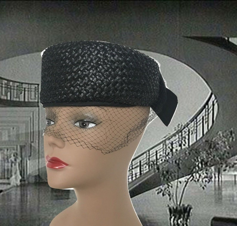 35b8ebaa56fef Vintage Cellophane Straw Pillbox Hat Navy Blue Union Made With
