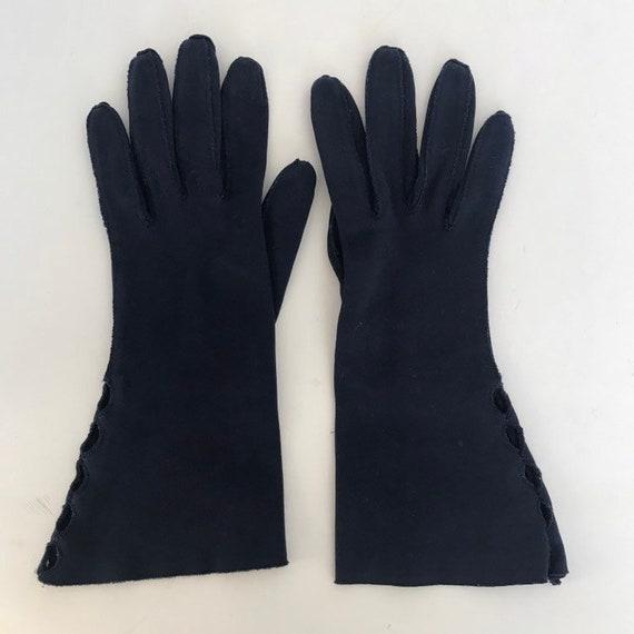 Vintage Cotton Gauntlet Gloves Ladies 50s Claire … - image 5