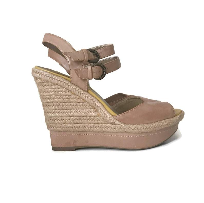 d469c4d592d Vintage Guess Shoes Womens Platform Sandals Raffia Wedge