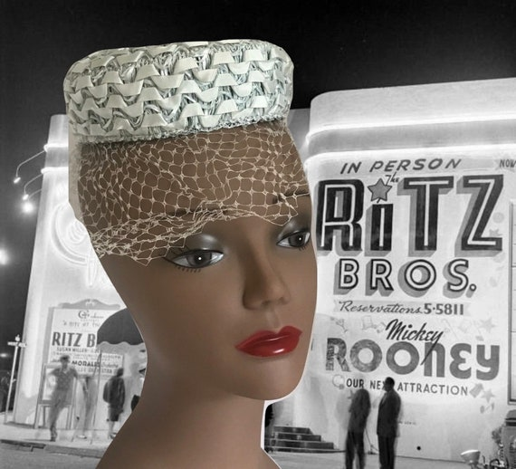 50s Small Blue Pillbox Hat Raffia with Ribbon and… - image 1