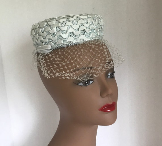 50s Small Blue Pillbox Hat Raffia with Ribbon and… - image 7