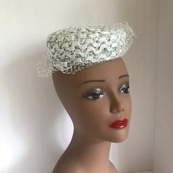 50s Small Blue Pillbox Hat Raffia with Ribbon and… - image 6