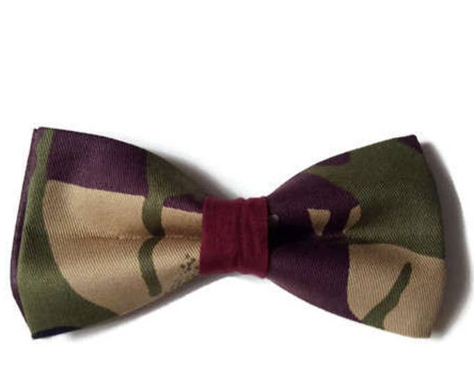 African Print Pre-tied Bow tie And Pocket Square, Afroneckties Mens African Gifts,  African Handkerchief