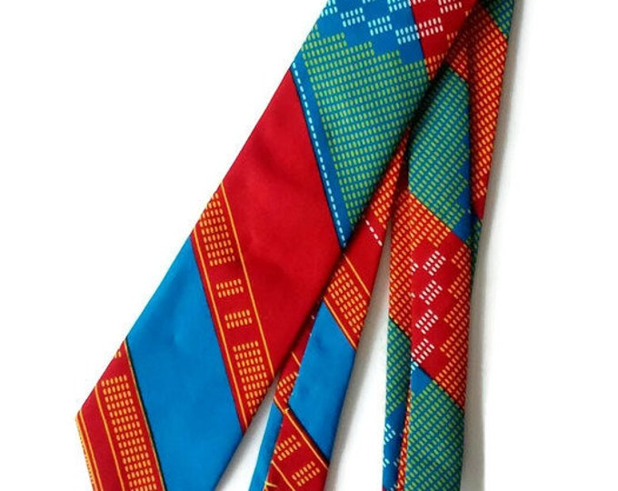 Red African Print Kente Necktie With Pocket Square And Storage Pouch
