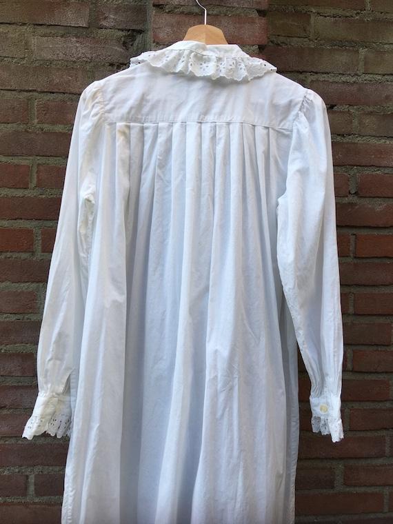 Vintage nightdress by Laura Ashley - image 5