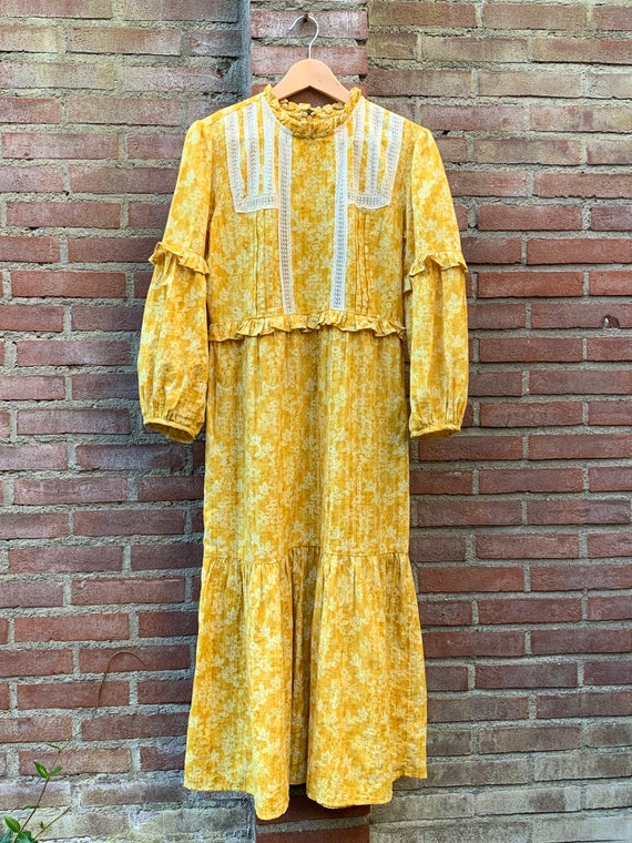 Vintagestyle dress by Laura Ashley, m