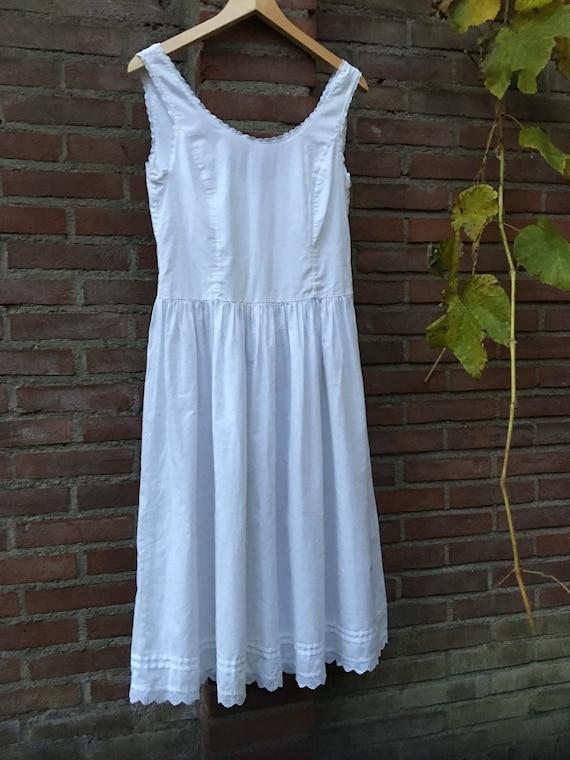 Vintage nightdress by Laura Ashley - image 7