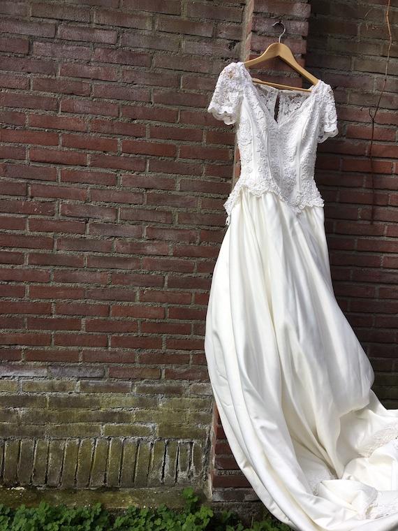 Vintage Laura Ashley weddingdress