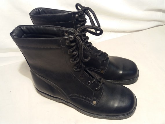 Vintage 1980's Bulgarian Army Black Leather Boots… - image 2