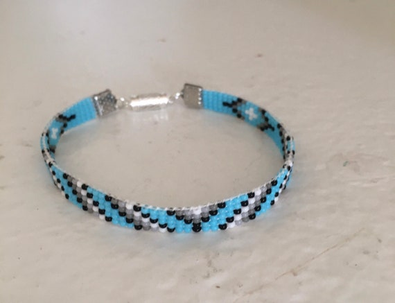 Turquoise Diagonal Stripes Loom Beaded Narrow Bracelet
