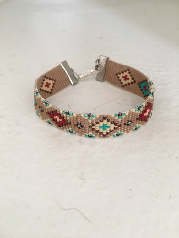 Beaded Bracelet in Mocha with Metallic Accents