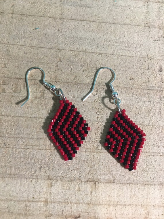 Red and Black Brickstitch Beaded Earrings