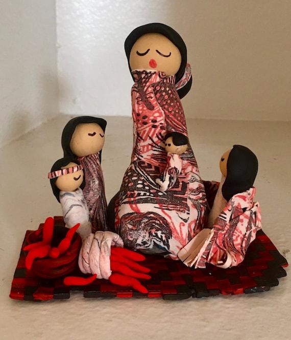Storyteller Red/Black/White with Four Children