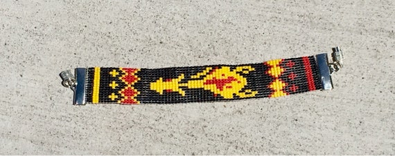 Yellowhorse Loom Beaded Bracelet