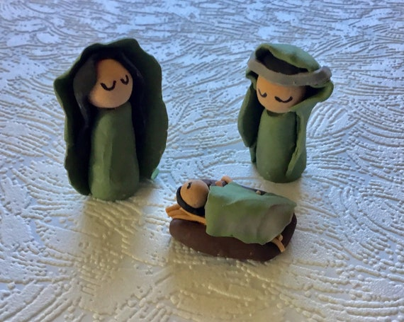 Miniature Green 3 Pc Nativity