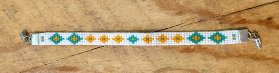 White Loom Beaded Bracelet With Peach/Turquoise