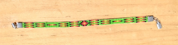 Green Narrow Loom Beaded Bracelet