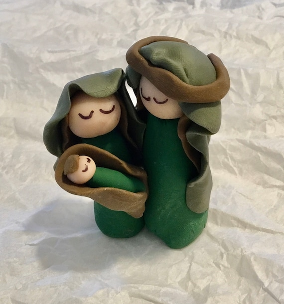 Green 3Figure One Piece Clay Nativity