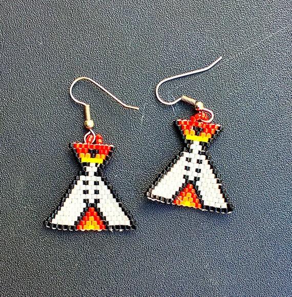 Brickstitch Beaded TeePee Earrings