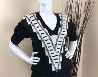 5c1dfff3d322d1 Linda Allard for Ellen Tracy ~ 80s ~ NEW Vintage Black and Ivory V Neck  Outlined with V Design Sweater ~ Size S