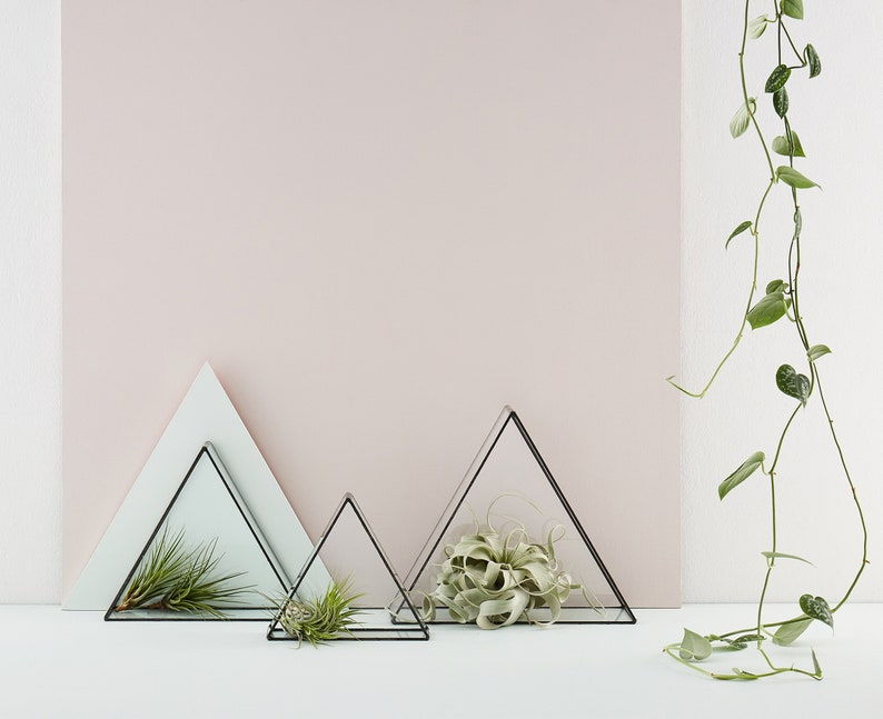 Euclid Triangle Glass Free Stand