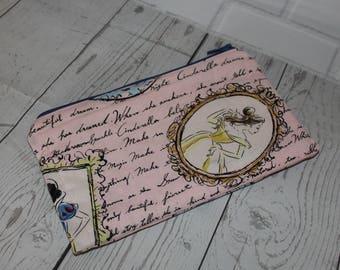 Disney Princess's zipper pouch