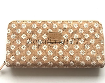 Cork wallet, vegan wallet, cork bag, womens eco-friendly wallet with place for cards and coins, daisy flower pattern, portuguese cork wallet