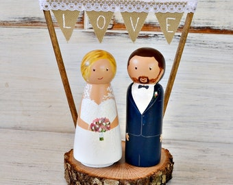 Wooden Peg Cake Topper, Rustic Wedding Cake Topper, Custom Wedding Cake Topper, Personalized Bride and Groom Wood Slice, Boho Cake Topper.