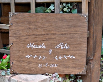 Personalized Wedding Wood Guest Book, Rustic Memory Book, Custom Guestbook, Gift for Couple, Wedding Day Memories.