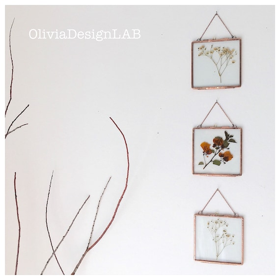 4 x 4 square glass floating frame, wedding favors, glass frame for pictures, watercolors, lace collection, flowers.