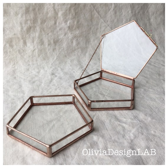 Geometric glass box, lid with chain, wedding favor, jewelry box, ring copper glass box, handmade glass display, ring pillow.