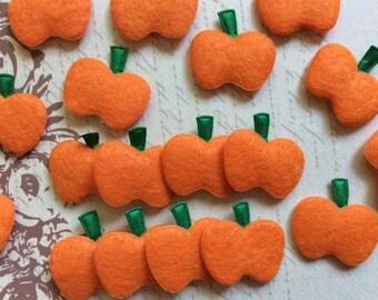 SET of 15 Orange Felt Pumpkin Halloween Applique/sewing/trim/Craft/Costume